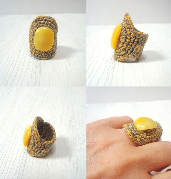 Anillos anchos - ANILLO ANCHO ORIGINAL DE CROCHET AMARILLO - hecho a mano por calpearts en DaWanda