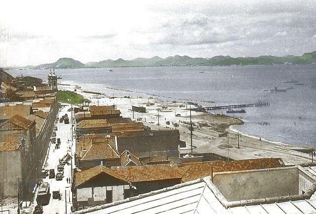 Rua Santa Luzia – 1920 Reparem que a Igreja Santa Luzia, era bem de frente pro mar.