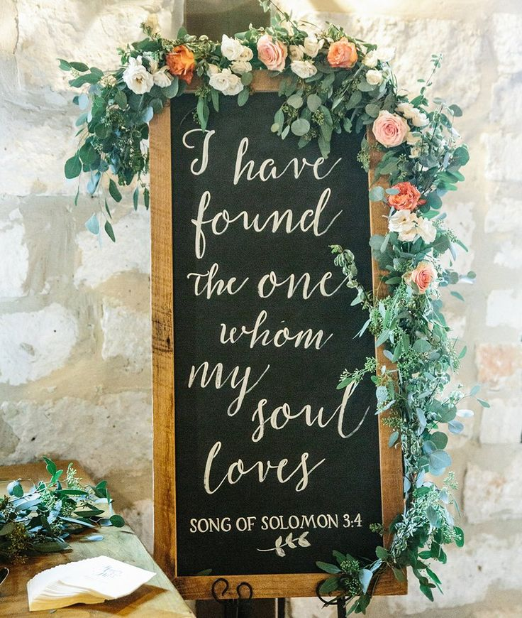 This sign will look stunning alongside your cake table, and makes a beautiful keepsake for the bride and groom. These signs are custom created by our artist Eliza Co Designs. Please allow 2-3 weeks for your sign to ship.
