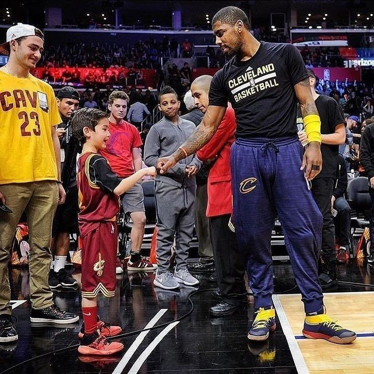 #kyrieirving regram @team.k2irving  Respect   #ThisIsWhyWePlay http://ift.tt/2sJ9zun