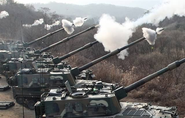 south korean military   ... _self-propelled_howitzer_155_MM_South_Korea_South_Korean_Army_013.jpg