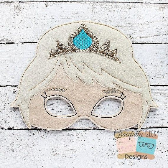 Articles similaires à Queen Felt Mask Embroidery Design - 5x7 Hoop or Larger sur Etsy