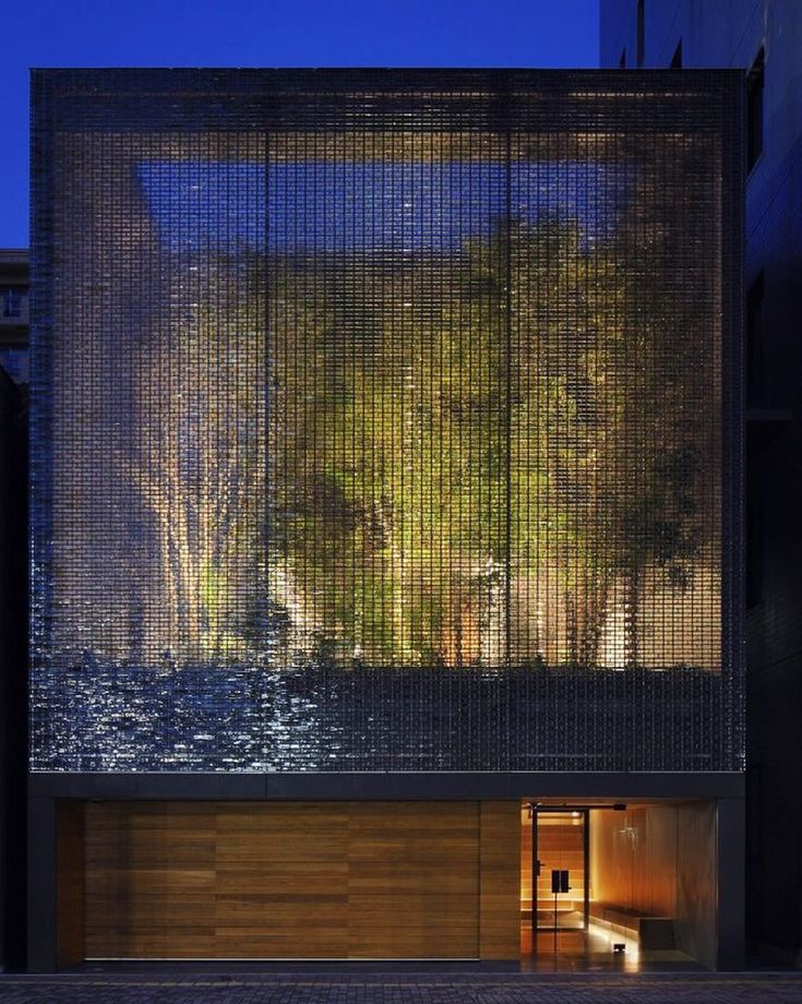 #architecture_hunter 6.000 Glass Blocks In The Facade Of The Optical Glass  House In Japan By