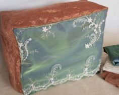 Tutorial for elegant sewing machine cover from Sewing Parts Online Blog.