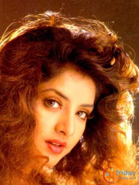 Divya bharti late bollywood actress