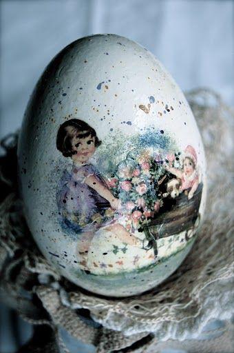 Decoupage Easter Egg Idea