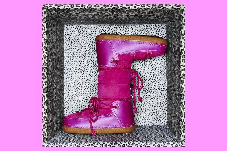 IKKII Boots Classic Pop Pink