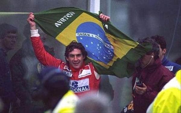"""RT @fredy_rabelo Meu Sonho não tem fim e nada vai me afastar do Amor de Deus"""" Ayrton Senna #SennaEterno #SennaSempre"""