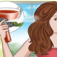 Így változtasd meg a hajad színét teával – még az ősz hajszálakat is elfedi