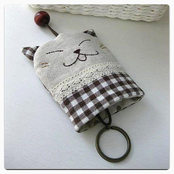 ❤ .. Cubierta dominante del gatito... ❤    Me gusta usar cubiertas claves! Me resulta más fácil encontrar mi manojo de llaves en mi bolso. A veces,