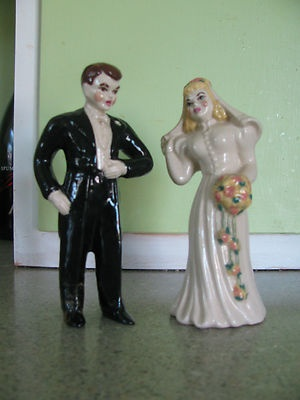 Vintage Bride And Groom Wedding Cake Toppers