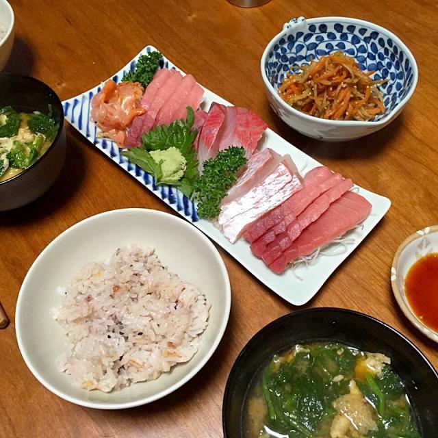 お刺身、きんぴらごぼう、小松菜と油揚げの味噌汁 - 12件のもぐもぐ - 献立2015.3.26 by lottarosie