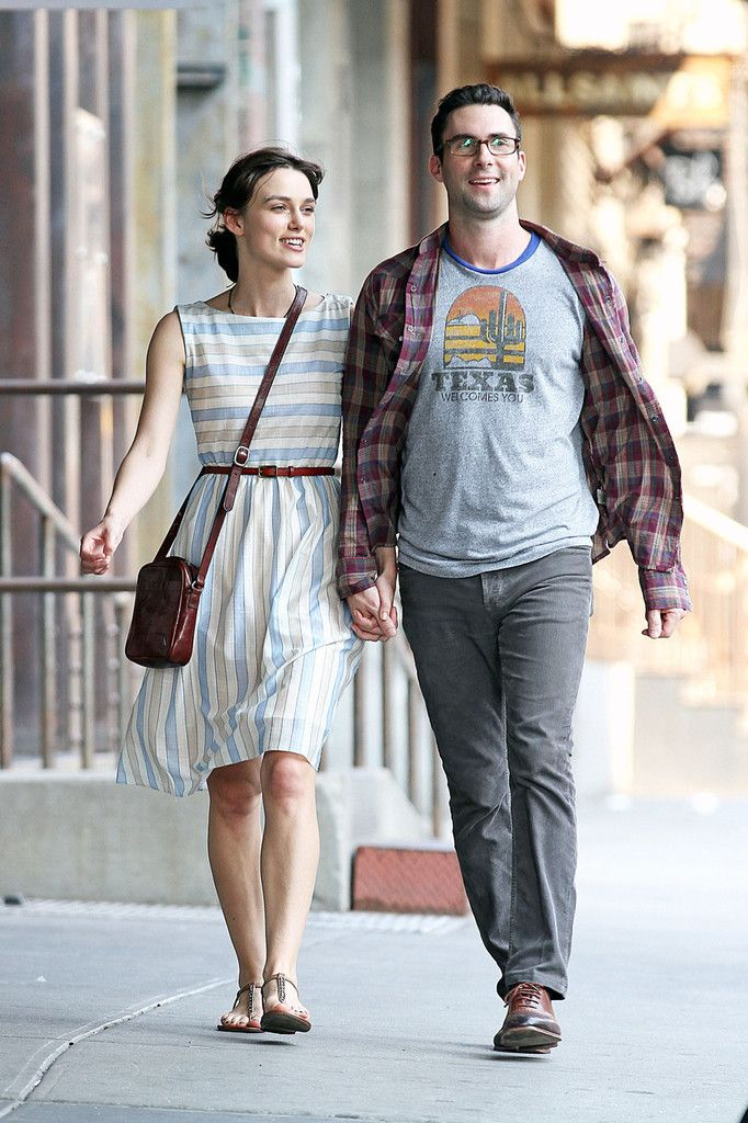 Keira Knightley Photos: Kiera Knightly and Adam Levine Film a 'Begin Again' in New York City