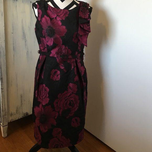 Eliza J dress size 8 Gorgeous dress by Eliza J. Fully Lined. Beaded details adorn one shoulder. Zipper back. Removable belt. 100% Polyester. Good used condition. Eliza J Dresses