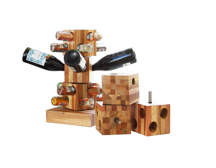 Practical and beautiful - our rotating wine and spice cubes are ideal for the kitchen and the table.