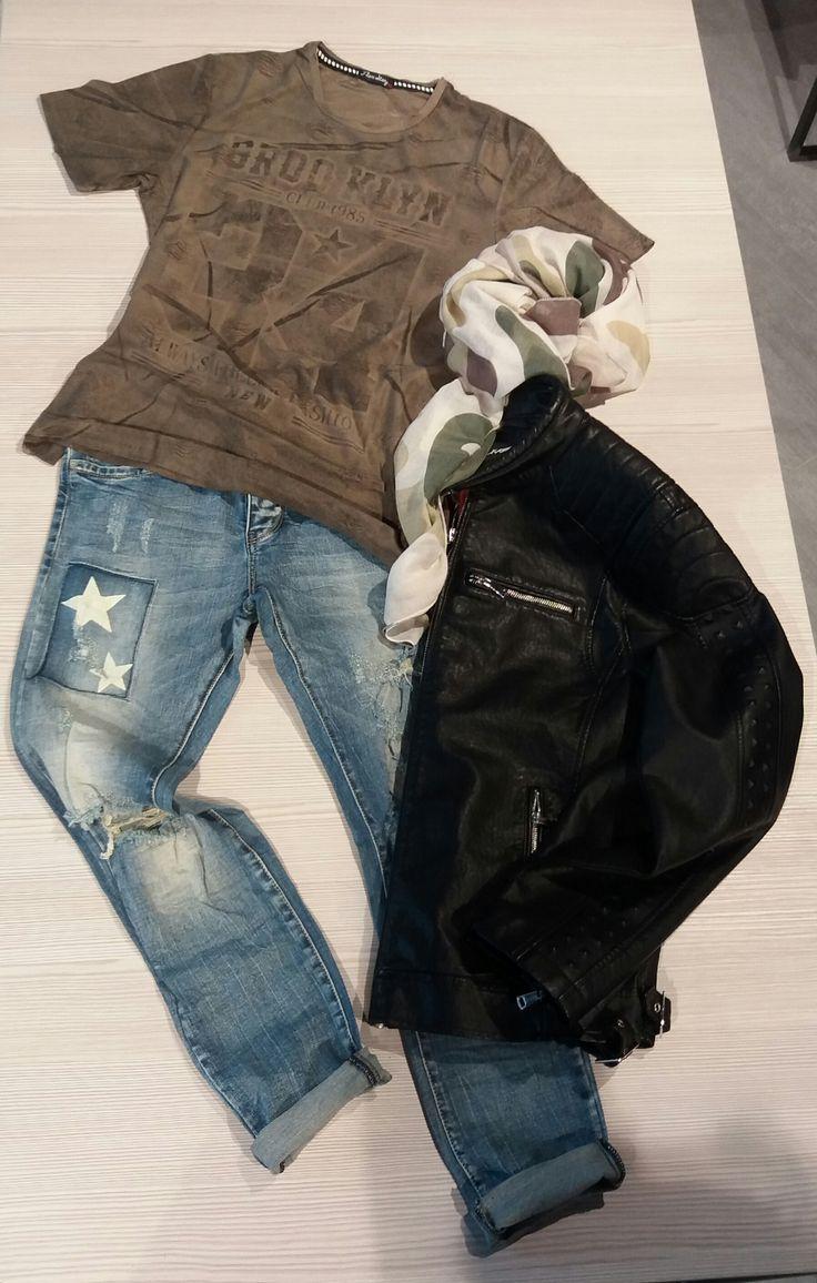 LOOK CASUAL MASCHILE PRIMAVERILE da indossare tutti i giorni!! RAGAZZI voi in che occasioni lo indossereste?  Lo trovate da #ishue