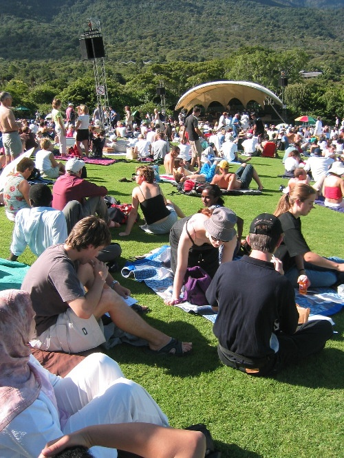 Kirstenbosch Summer Sunset Picnic Concerts, every Sunday - Cape Town, South Africa <3
