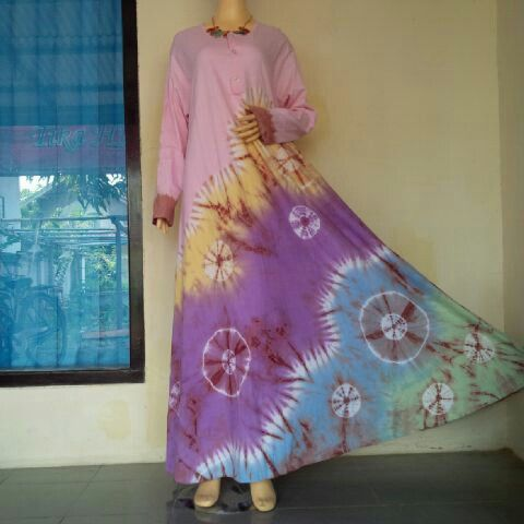 Dress Tiedye Pink Circle of Tire  BIG SIZE..! All size fit to XXL, Chest Width 130cm Long 140cm  BB : 543CB281 Line : bulbulhijaz (b u l b u l h i j a z) ig : twins717olshop (trusted olshop)