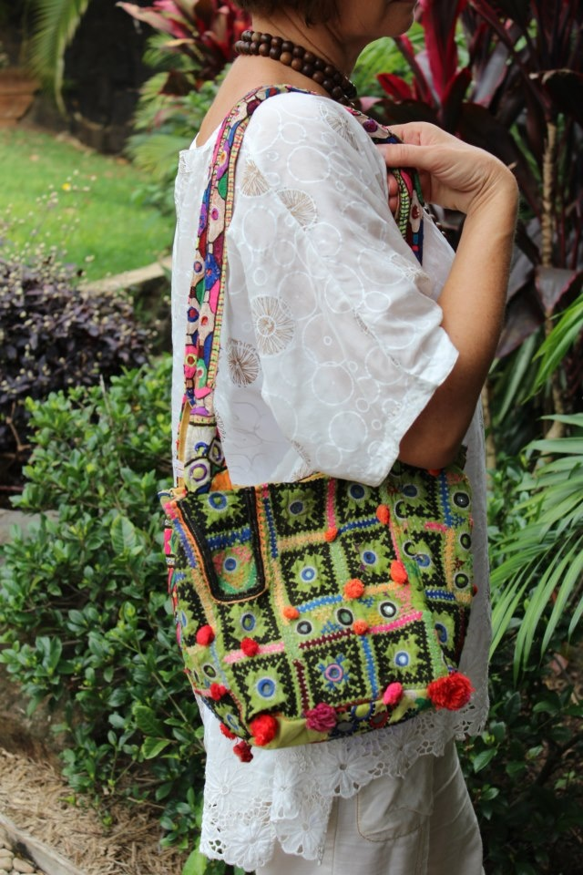 Laloom Raja hand bags are a great size. Compact to fit the essentials, but cannot be filled to make too heavy