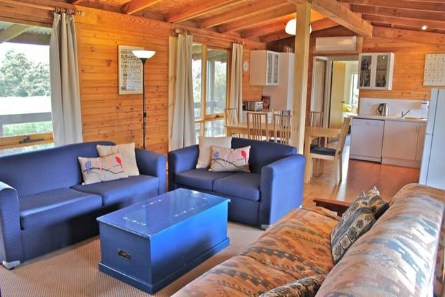 The Cabin, a Bright Cabin | Stayz
