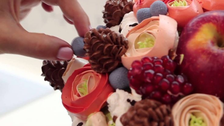 Сборка и украшение Новогодних тортов от Карманцевой Надежды. http://creamdecor.com/