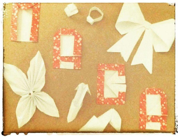 #cuadro de motivos de #origami todo con #papel ¿qué te parece? ¿has utilizado alguna vez esta técnica para decorar? #diseño #scrap #scrapbooking