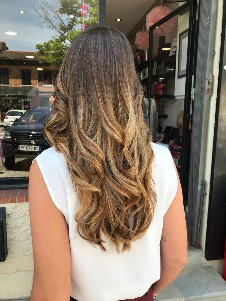 Un Peu De Lumiere Dans Les Cheveux Idees De Coiffures Couleur Cheveux Cheveux