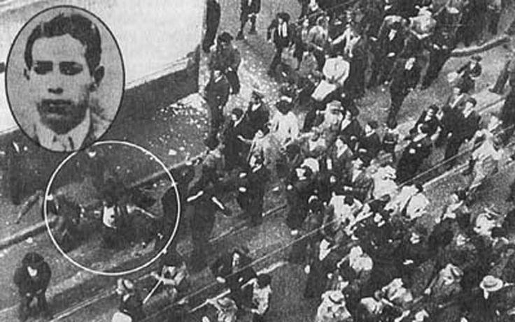 ecopopularve.wordpress.com  -  Roa, asesino de Gaitan quiebra la historia de un país.