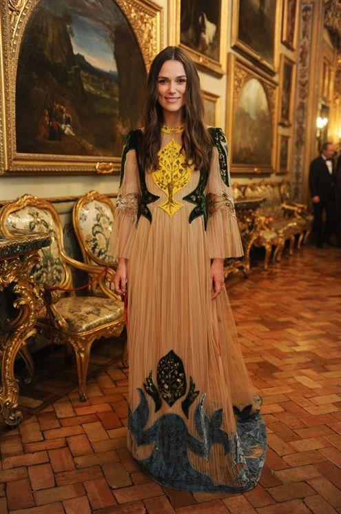 Keira Knightley in Valentino attends Valentino Garavani & Giancarlo Giammetti: A private dinner on May 21, 2016 - Vogue.it