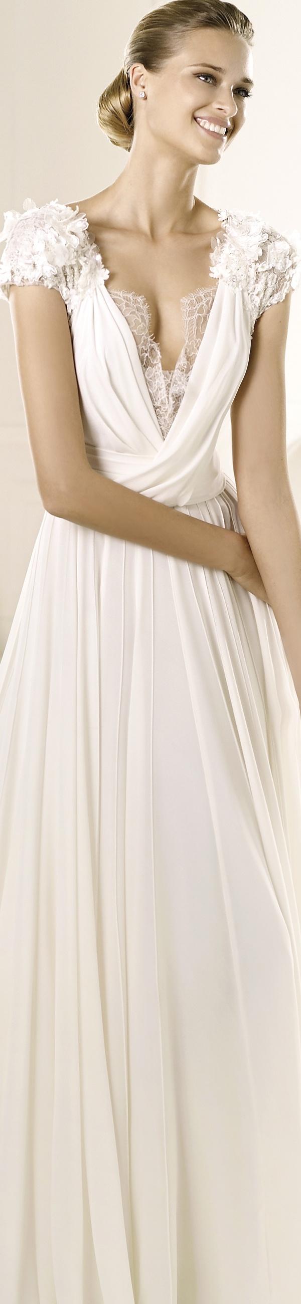 "Vestido de #novia de Elie Saab en @Pronovias / Elie by Elie Saab #wedding dress ""Louisse"", 2013 Collection"