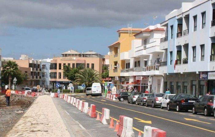 Desde el Ayuntamiento se indica que una de las prioridades es limitar la velocidad en la avenida. | DA