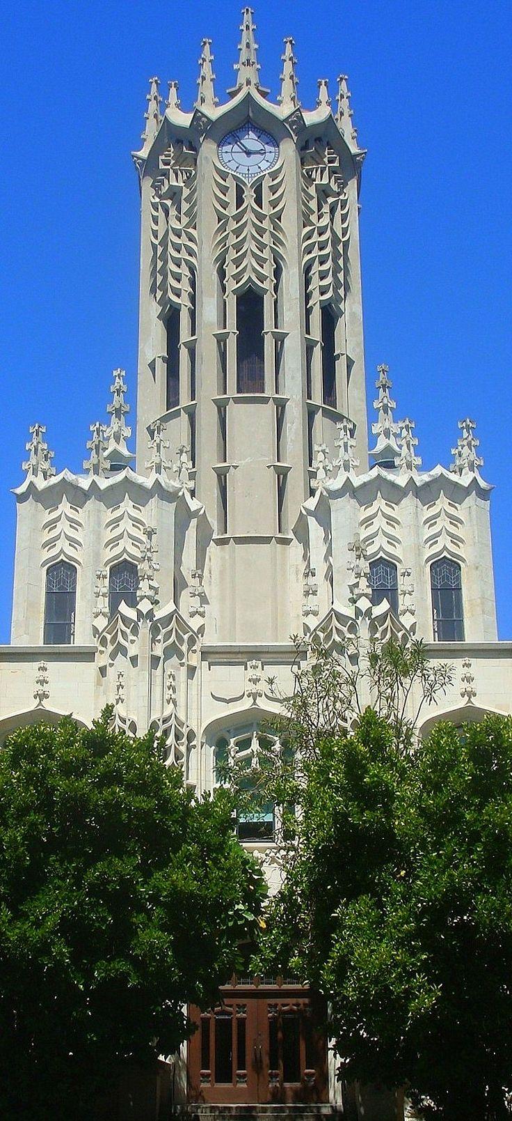 Clock tower. The University of Auckland - Te Whare Wānanga o Tāmaki Makaurau -  largest university in NEW ZEALAND