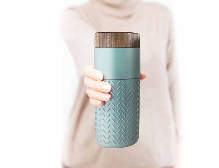 The One-o-One travel mug is dedicated to travelers. Named after the tallest skyscraper in Taipei, the mug helps commemorate the city's skyline.