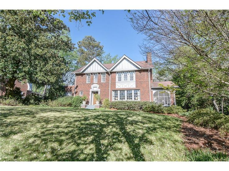 (FMLS) For Sale: 3 bed, 2.5 bath house located at 1146 Oxford Rd NE, Atlanta, GA 30306 on sale now for $880,000. MLS# 5829281. Druid Hills Home and Garden show stopper located on an iconic, wide, non-cut-...