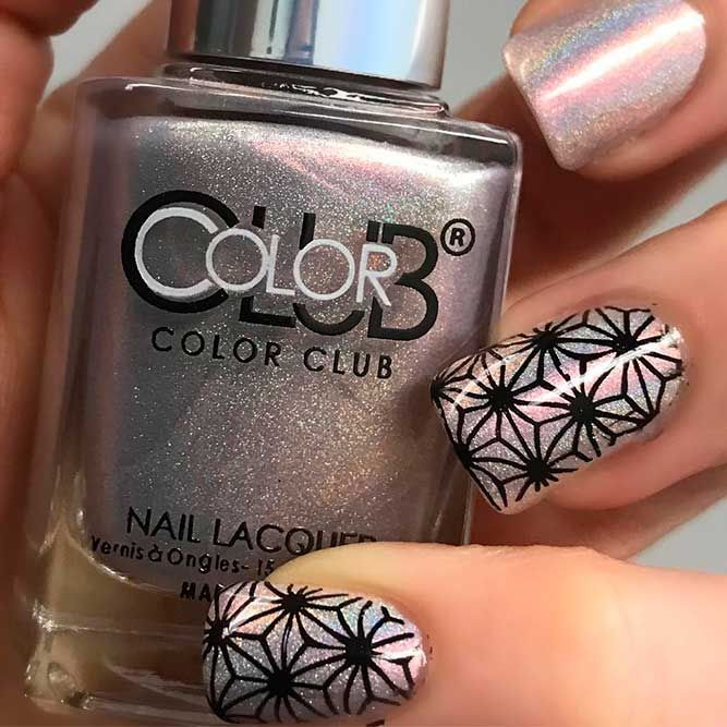 Reasons Owning Holographic Nail Polish Will Change Your Life