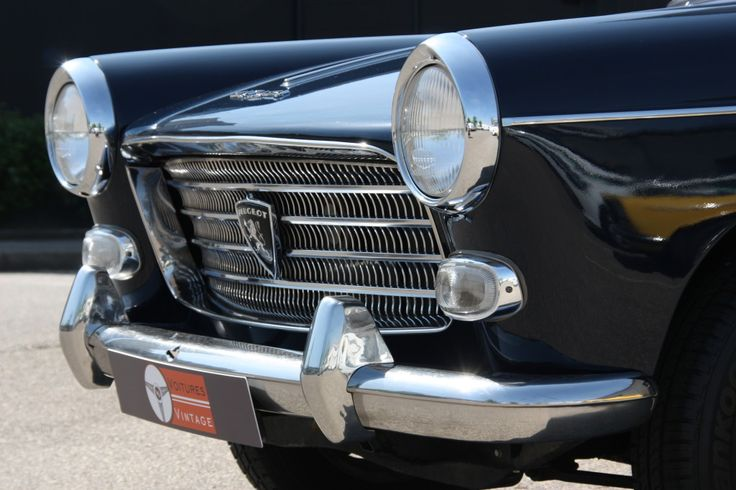 PEUGEOT 404 Grand Luxe / 1961