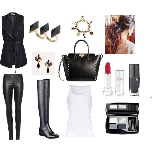 The simple casual black look
