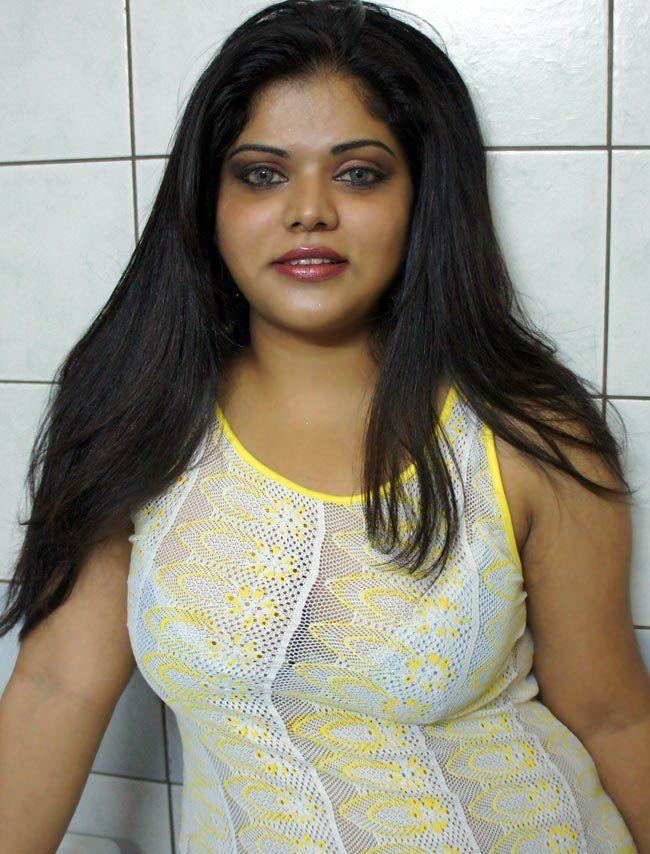 indian-desi-masala-actress-neha-aunty-photos-24