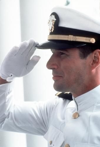 """Richard  Gere Richard Gere and Debra Winger kiss an """"officer and a gentleman""""a 1982 American drama film,directed by Taylor Hackford"""