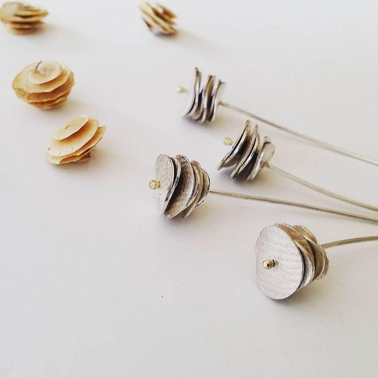 Work in progress - a humble attempt to imitate nature.....  #contemporaryjewellery #seeds #jewellery #silverjewelry #design #bijouxcontemporains #contemporaryjewelry #inspiredbynature #gathering #schmuck #silverjewellery #makersgonnamake #handmadejewelry #createur #delicate #naturelovers #etsy