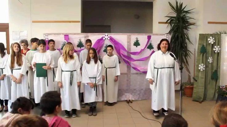 Adventi műsor a Döbröközi Általános Iskolában (első gyertyagyújtás)