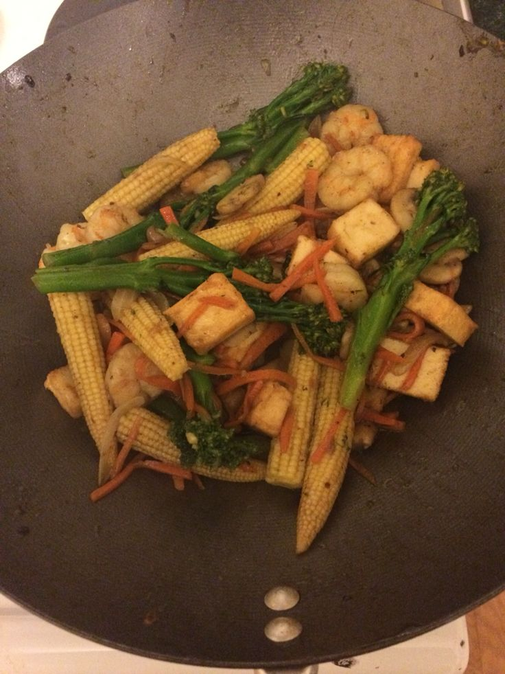 Prawn, tofu and vegetable stirfry