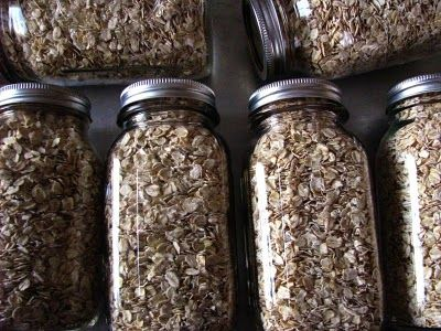 Dry Pack Canning - low moisture grains. Yes. I need to do this!Canning Jars, Terms Storage, Rolls Oats, Long Terms, Pack Canning, Dry Pack, Dry Canning, Canning Recipe, Canning Rolls