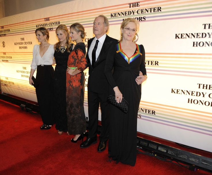 Meryl Streep's Family Meryl Streep and her husband, Don Gummer, with daughters Grace, Mamie and Louisa Gummer in 2011 in Washington.
