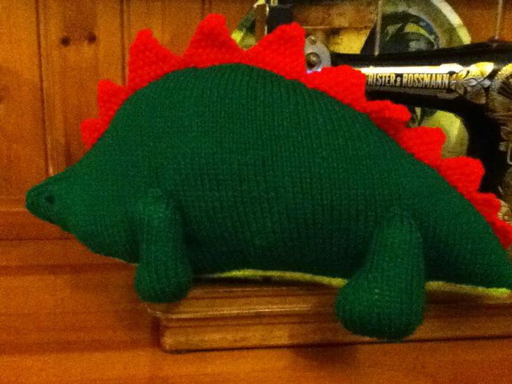 Here is the dinosaur I knitted for my friend's little boy's birthday - it survived the post and he loves it!!