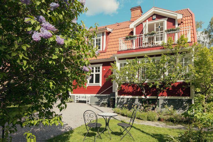gamla enskede villa fastighetsmaklare stockholm