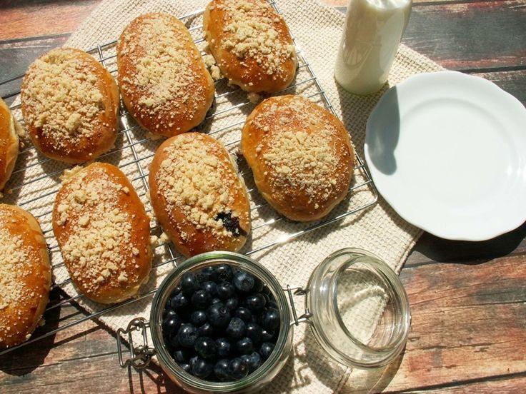 jagodzianki z kruszonką / crumbled blackberry buns