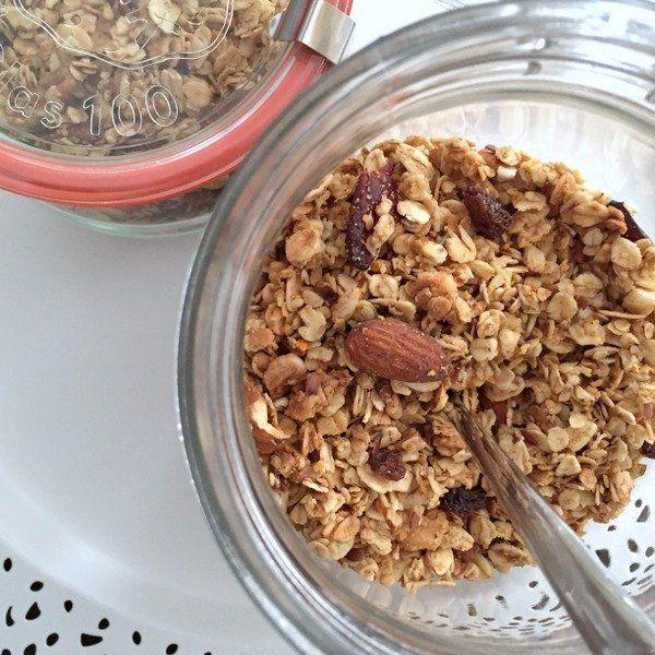 Készíts Te is egyszerűen, fantasztikus és egészséges reggelit a családnak. Granola müzli, mindenki imádni fogja!