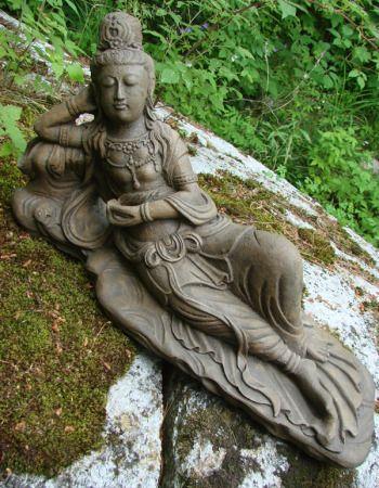 Laying Guan Yin Statue