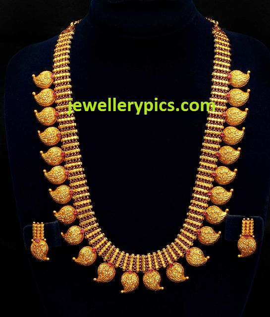 "Traditional Manga mala necklace from south India/ Mango mala (this lovely gold ""beads"" design is the original source of ""paisley""design so named by the British residents and incorporated in many of their later designs) ~ Jewellery Pics"